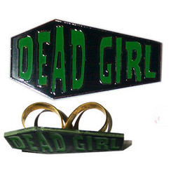 Dead Girl large 2 finger ring