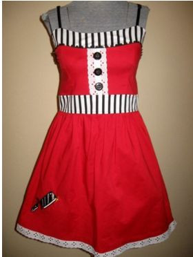 Damn Dress in red with cleaver detail
