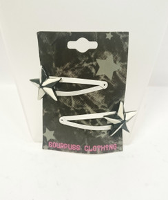 Sourpuss black and white star hair clips
