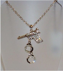 Diamontie gun & hand cuff necklace