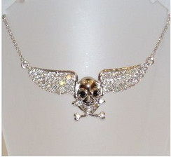 Diamontie wings with skull & crossbone necklace