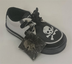 TUK Kids Skull and Crossbones Shoe Front
