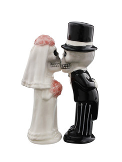 Skeleton bride & groom ceramic salt & pepper shakers