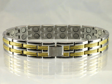"Magnetic bracelet Long Island S stainless steel has a 33/64"" wide x 15/32"" long link with 32 rare earth magnets in 8 5/8"" length. It has a magnetic therapy pull strength of 1000 grams."