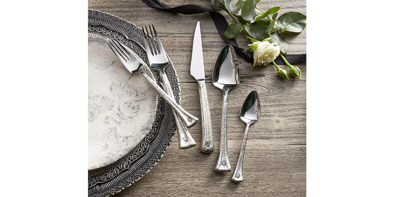 arte-italica-glam-flatware.jpg