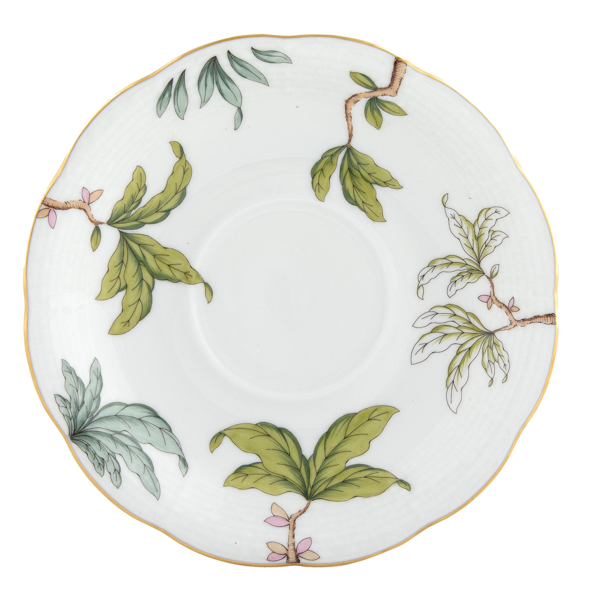 herend-foret-garland-tea-saucer-foretg00734-1-00.jpg