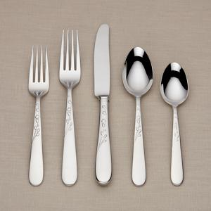 kate-spade-new-york-gardner-street-fw-5-piece-place-setting.jpg