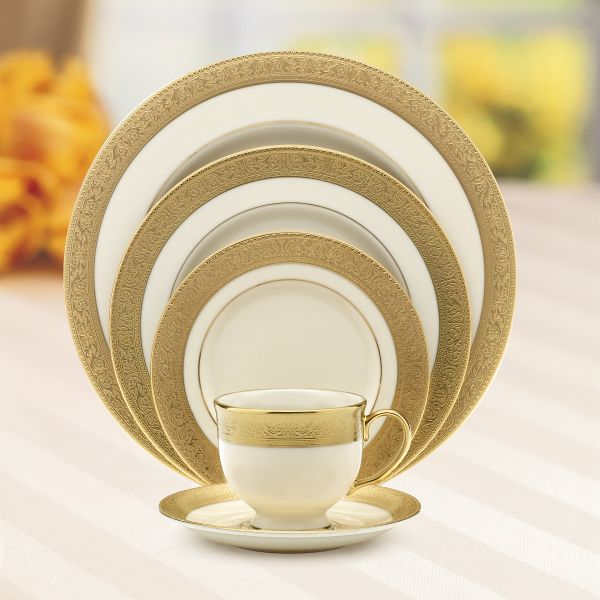 lenox-westchester-5-piece-place-setting-110890610-whr.jpg