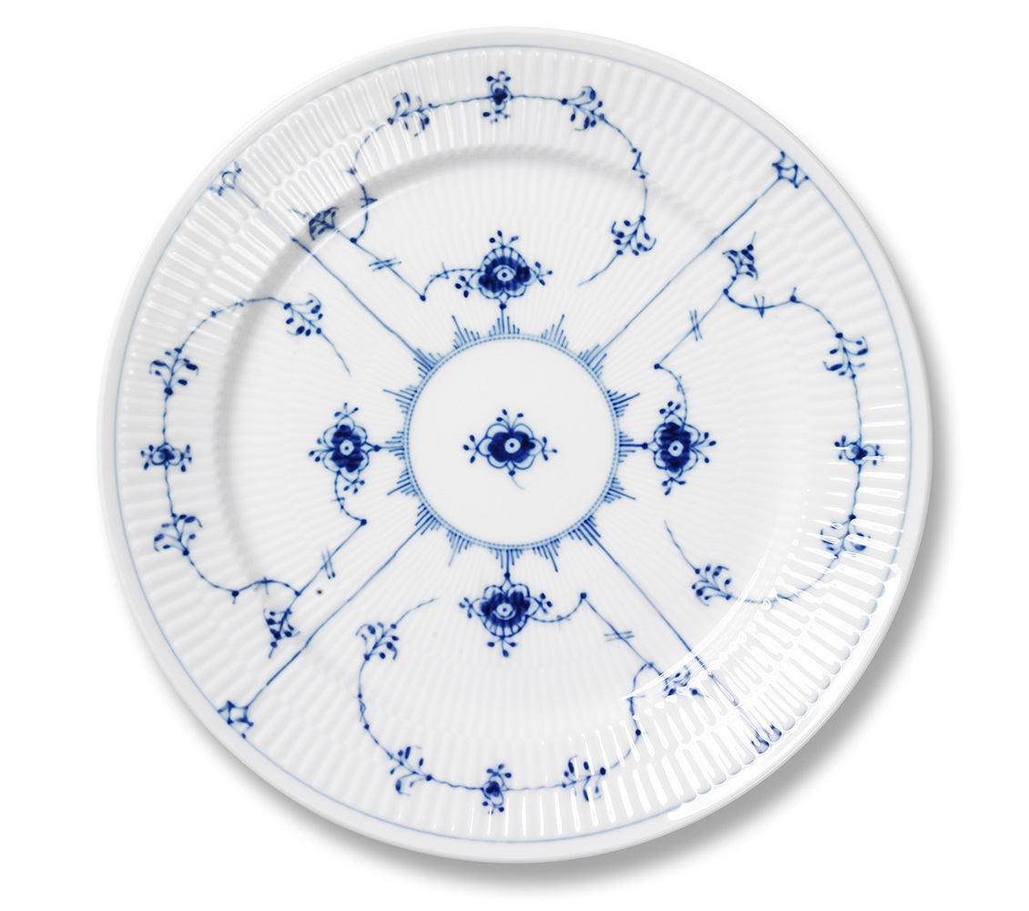 royal-copenhagen-blue-fluted-plain-dinner-plate-10.75-in-1017202.jpg
