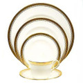 Royal Crown Derby Tiepolo-5-piece-place-setting TIEPO09814