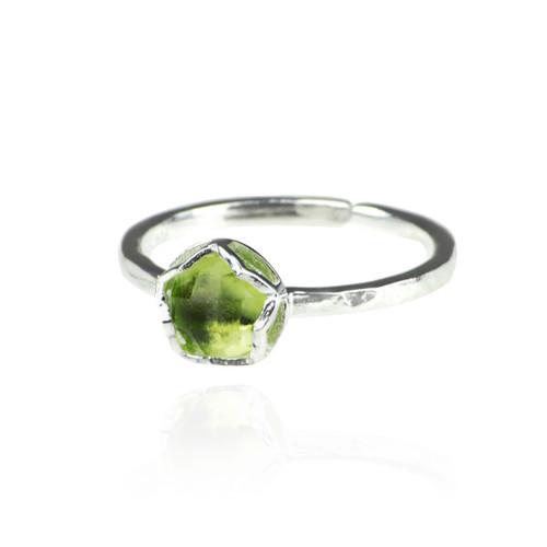 Dosha Ring - Silver - Peridot - W/S