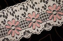 """4"""" Ivory Tea Rose Floral Wholesale Lace Trim #lace-190"""