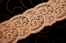 "3 1/4"" Peach Tan Galloon Lace Trim #1049"