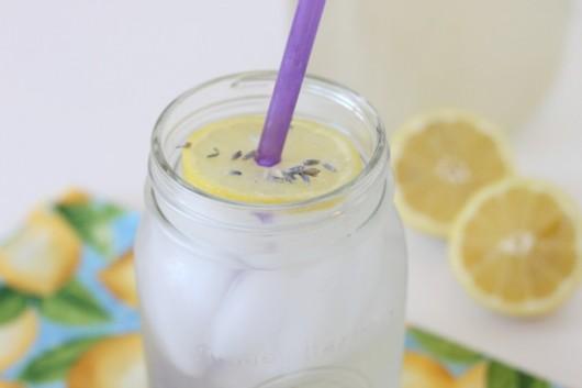 lavender-lemonade-recipe-createdbydiane.jpg-530x353.jpg