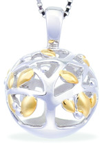 A Family Tree necklace with FREE Silver Stud Earrings (Yellow Gold)