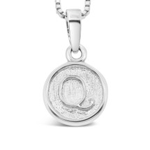 Sterling Silver 'Q' pendant