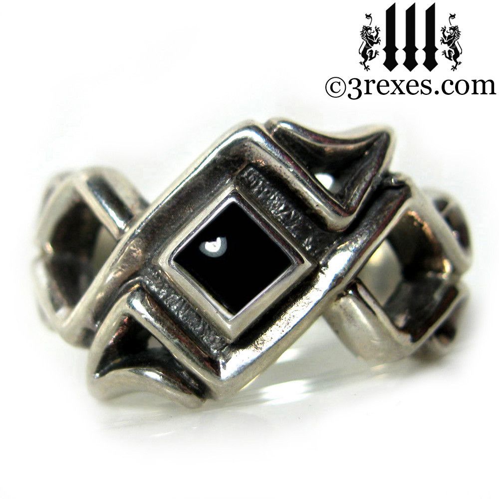 celtic ring with black onyx cabochon stone .925 sterling silver