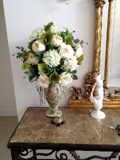 everlasting-silk-flowers-for-home-decorating-green-and-cream-entry.jpg