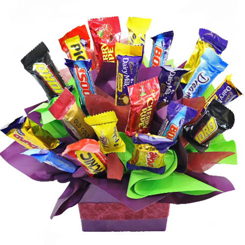 favourites-chocolate-arrangement-92086.1539473212.1280.1280.jpg