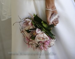 florist-gold-coast-botanique-flowers-wedding-thank-you-pink-cymbidium-orchid-posy-sm.jpg