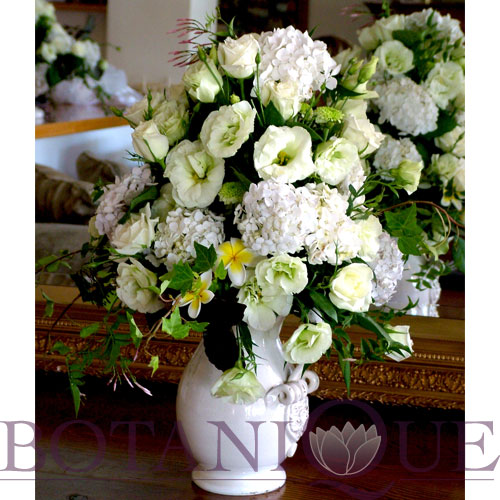 flowers-for-private-homes-gold-coast-australia-white.jpg
