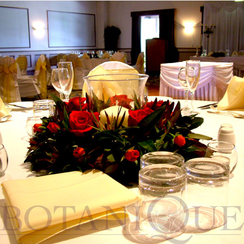 red-table-flowers-gold-coast-australia.jpg
