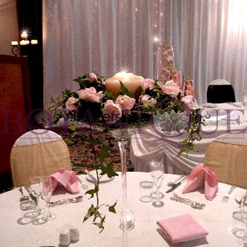 table-flowers-gold-coast-australia-candles.jpg