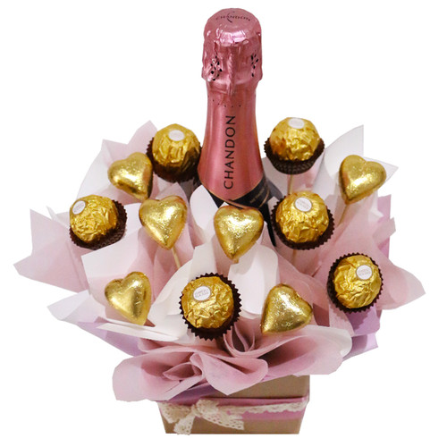 Chandon Rosé, ferrero rochers and heart chocolates in a beautiful arrangement for all occasions - Botanique Flowers.