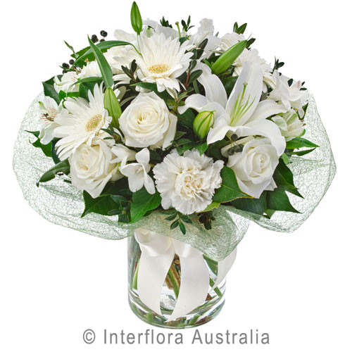 White Flower Arrangement Botanique Flowers
