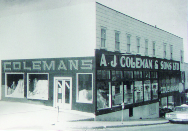colemans-on-caribou-rd-in-1950s-for-web.jpg