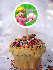 Princess Peach cupcake toppers