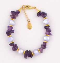 Amethyst Chips and Light Gray Fresh Water Pearl Bracelet