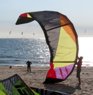 Best TS 2013 lightwind kite ready to launch