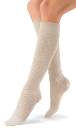 Jobst soSoft Brocade, Knee High Closed Toe 15-20 mmHg