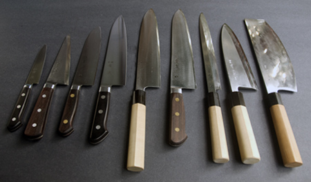 aritsugu-knives.jpg