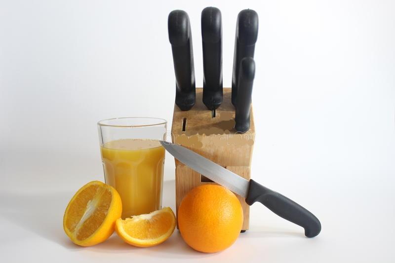knife-through-arm.jpg