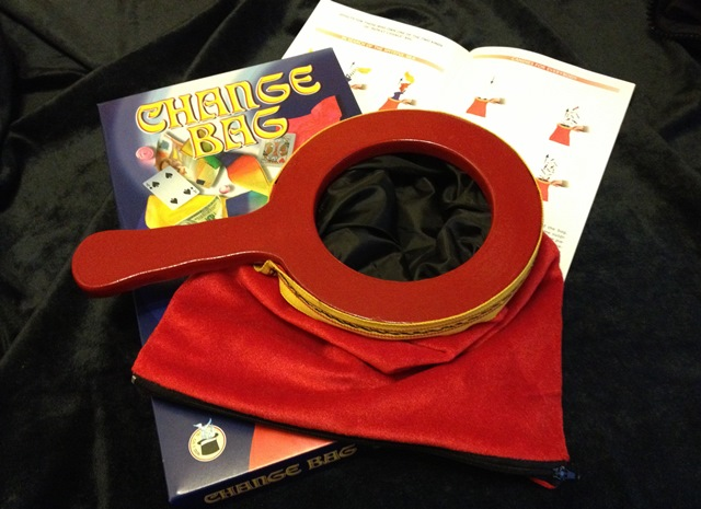 mm365-euro-red-zipper-change-bag-small.jpg
