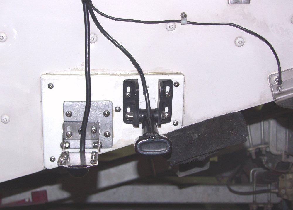 skimmer-structurescan-ducers-4.jpg
