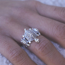 Sterling Silver Turtle Ring with Babies - Maternal Love Ring.