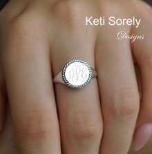 Twist Border Round Signet Ring with Engraved Monogram Initial - Choose Metal
