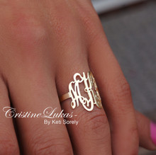 Swirly Monogram Initials Ring (Yellow Gold)