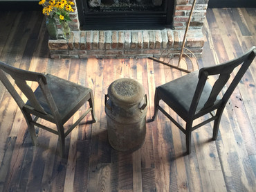 Antique Plank Sawtooth Oak Flooring