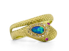 18 Karat Yellow Gold Snake ring with Opal & Diamonds