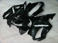 Honda CBR600 F4i 2004 2005 2006 2007 glossy black fairing kits, this Honda CBR600 F4i 2004 2005 2006 2007 plastics was applied in glossy black graphics, this 2004 2005 2006 2007 CBR600 fairing set comes with the both color and decals shown as the photo.If you want to do custom fairings for CBR600 F4i 2004 2005 2006 2007,our talented airbrusher will custom it for you