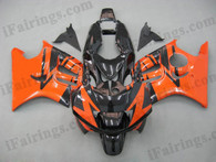 Honda CBR600 F3 1995 1996 orange/black fairing kits, 1995 1996 Honda CBR600 F3 orange/black plastic.This Honda CBR600 F3 1995 1996 fairing kits was applied in orange/black graphics, this 1995 1996 CBR600 fairing set comes with the both color and decals shown as the photo.If you want to do custom fairings for CBR600 F3 1995 1996,our talented airbrusher will custom it for you