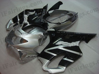 Quality fairing kits for 1999 2000 Honda CBR600 F4 with silver and black scheme, this replacement fairings sets are oem comparable and fast shipping world-wide.