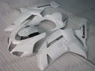 OEM quality fairings and body kits for 2007 2008 Kawasaki ZX6R Ninja with pearl white color scheme/graphics, these fairing kits are oem quality, fast shipping and easy installtion. More factory color-matched fairings for ZX6R Ninja 2007 2008, team race replica fairings and custom fairing sets for Kawasaki ZX6R Ninja 2007 2008, please browse iFairings.com.