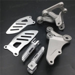 Aluminum alloy made replacement rider/front foot pegs and mount bracket kits for 2006-2010 Suzuki GSX-R600, GSX-R750, this style footrest assembly are light weight than OEM stock footrest and race-inspired design provides excellent traction and feedback. CNC machined from high-impact aluminum for durability and precise fitment.