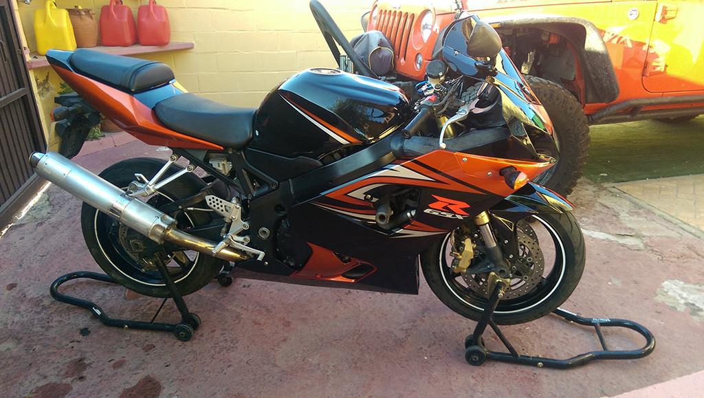 2004 2005 suzuki gsx r 600 750 orange black fairings. Black Bedroom Furniture Sets. Home Design Ideas