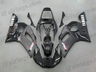 Yamaha YZF-R6 1998 to 2002 black fairing kits, this Yamaha YZF-R6 1998 to 2002 plastics was applied in blackgraphics, this 1998 to 2002 YZF-R6 fairing set comes with the both color and decals shown as the photo.If you want to do custom fairings for YZF-R6 1998 to 2002,our talented airbrusher will custom it for you.